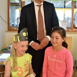 Minister Hoekstra brengt werkbezoek aan WSKO Verburch-hof
